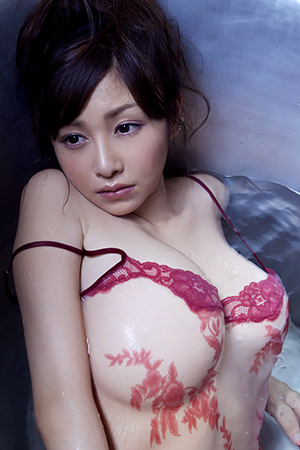 Anri Sugihara in 'Sweet Curves' via AllGravure