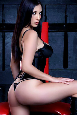 Jelena Jensen in 'Lovely Curves in Black Corset' via Jelena Jensen Official